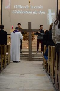 Office de la croix – célébration du don